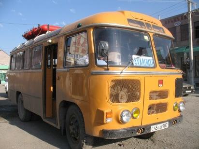 Vieux bus à gaz (Gyumri)