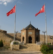 Darende : monument des 92 martyres