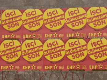 affiches à Karakoy